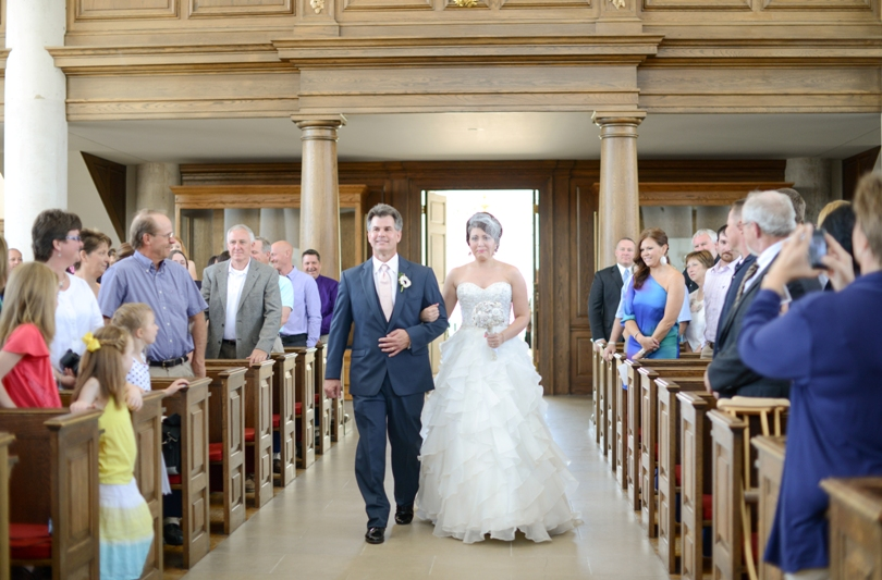 Wedding-Photographer-Fulton-Missouri-Westminister-Churchill-Museum-Braykley-Hall-Jefferson City (29)
