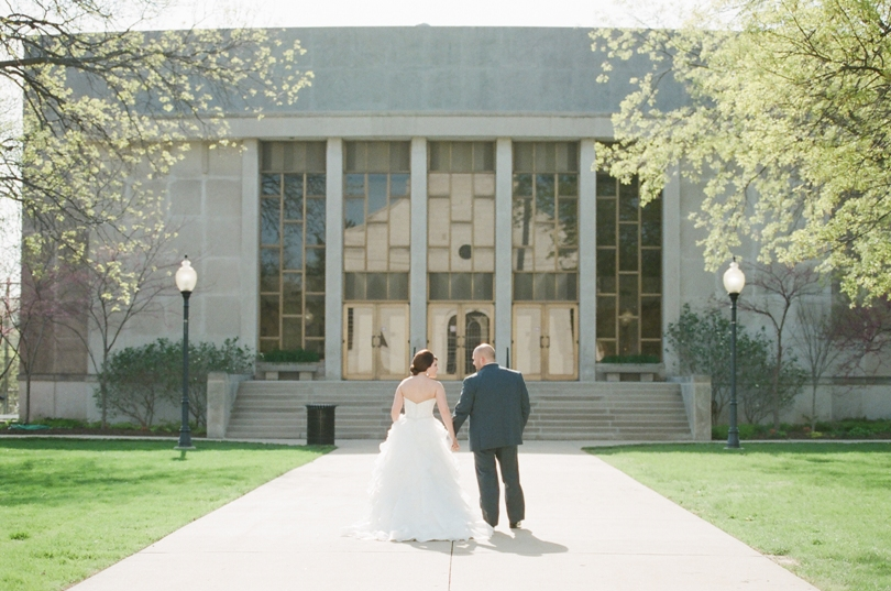 Wedding-Photographer-Fulton-Missouri-Westminister-Churchill-Museum-Braykley-Hall-Jefferson City (5)