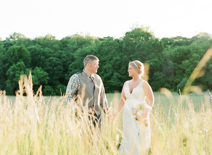 St. Louis-Wedding-Photography-Lindsey-Pantaleo-Photographer-Country-Chic (2)