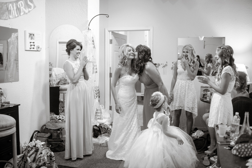 Lindsey-Pantaleo-Wedding-Photography-Lake-Ozarks-Missouri-Shawnee-Bluff-Vineyards-Winery (17)