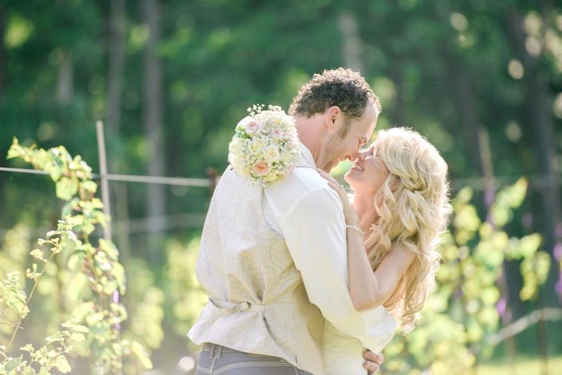 Lindsey-Pantaleo-Wedding-Photography-Lake-Ozarks-Missouri-Shawnee-Bluff-Vineyards-Winery (20)