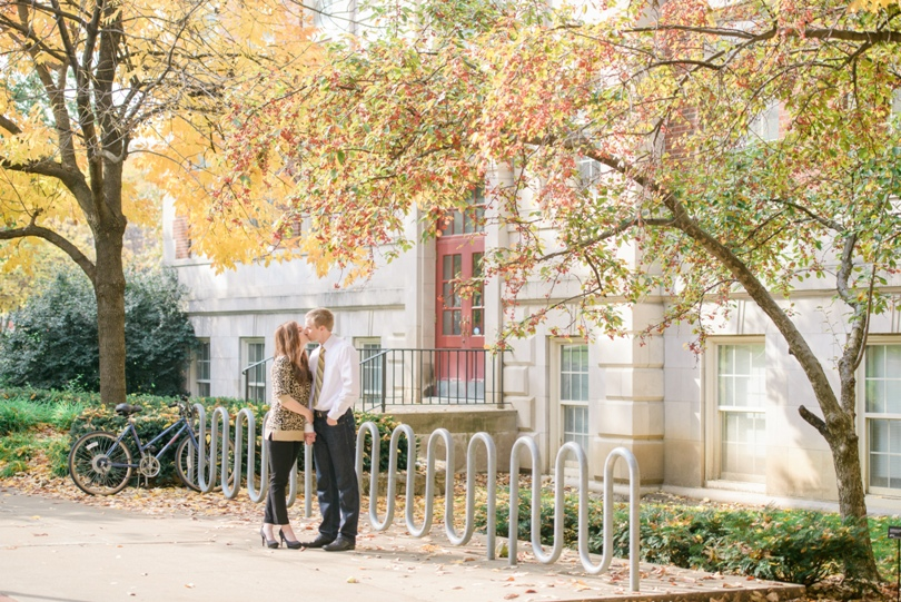 Capen-Park-Fall-Engagement-Session-Wedding-Photography-Columbia-Missouri-Lindsey-Pantaleo (18)
