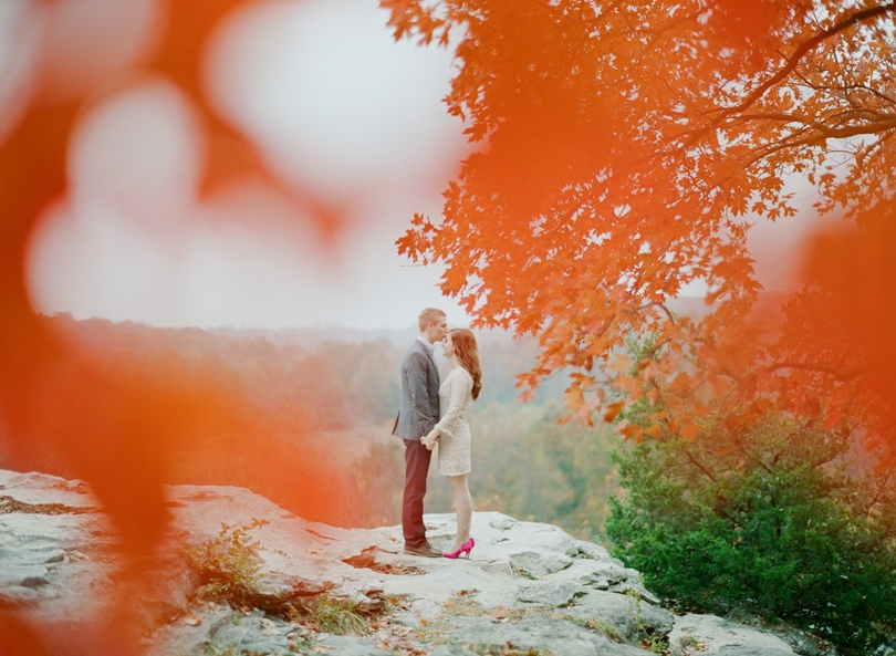 Capen-Park-Fall-Engagement-Session-Wedding-Photography-Columbia-Missouri-Lindsey-Pantaleo (4)