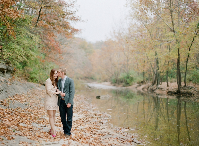 Capen-Park-Fall-Engagement-Session-Wedding-Photography-Columbia-Missouri-Lindsey-Pantaleo (8)