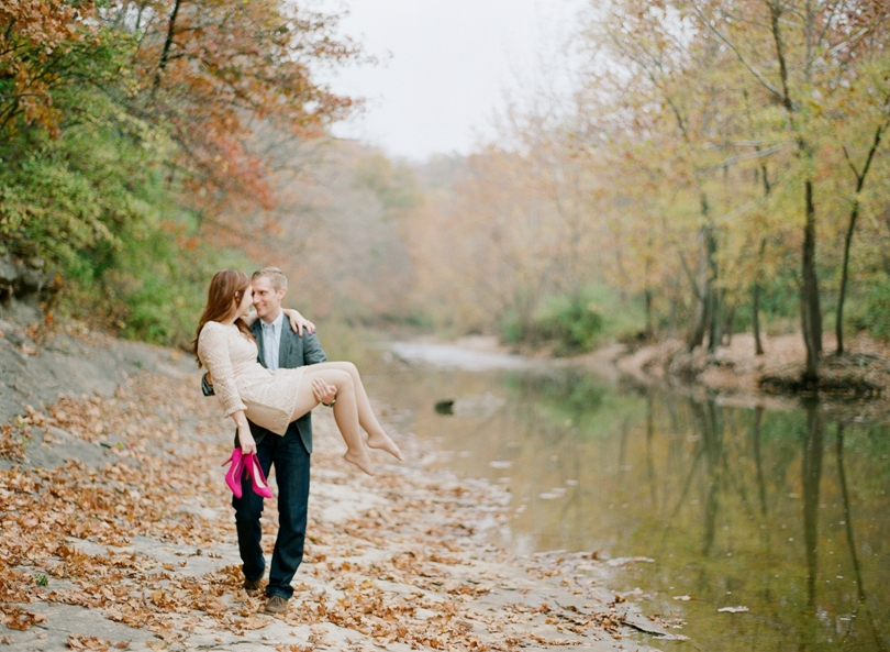 Capen-Park-Fall-Engagement-Session-Wedding-Photography-Columbia-Missouri-Lindsey-Pantaleo (9)