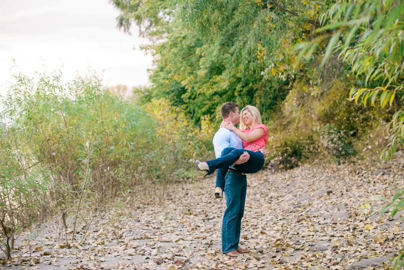 Engagement-Photography-Wedding-Photographer-Lindsey-Pantaleo-Jefferson-City-Missouri (5)