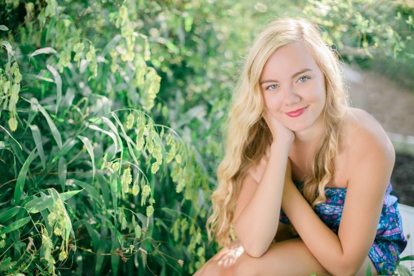 Jefferson-City-Missouri-Senior-photographer-Lindsey-Pantaleo-Helias (1)