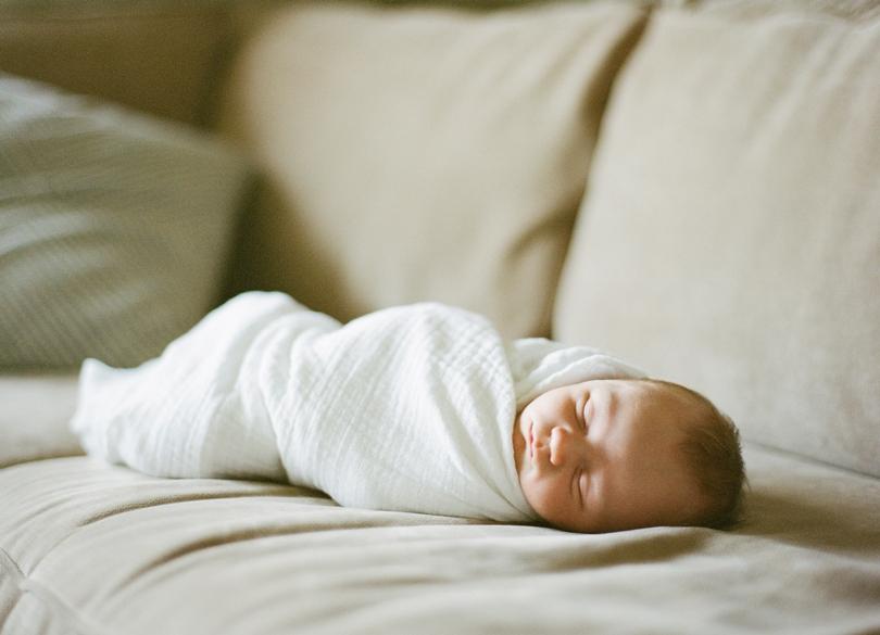 Lifestyle-Newborn-Baby-Columbia-Missouri-Lindsey-Pantaleo (9)