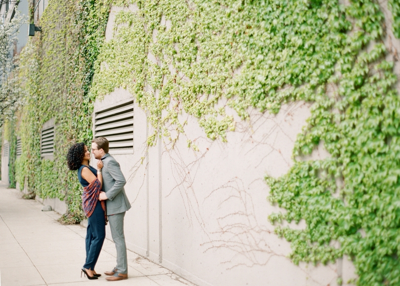 Chicago-Engagement-Lindsey-Pantaleo-Kinzie-Street-Bridge-Illinois (6)
