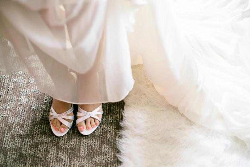 Wedding-Canterbury-Hill-Winery-Vineyard-Holts-Summit-Missouri-Lindsey-Pantaleo-Florissmo (20)