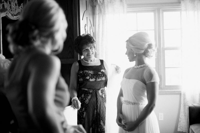 Wedding-Canterbury-Hill-Winery-Vineyard-Holts-Summit-Missouri-Lindsey-Pantaleo-Florissmo (21)