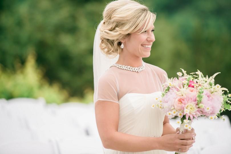 Wedding-Canterbury-Hill-Winery-Vineyard-Holts-Summit-Missouri-Lindsey-Pantaleo-Florissmo (23)