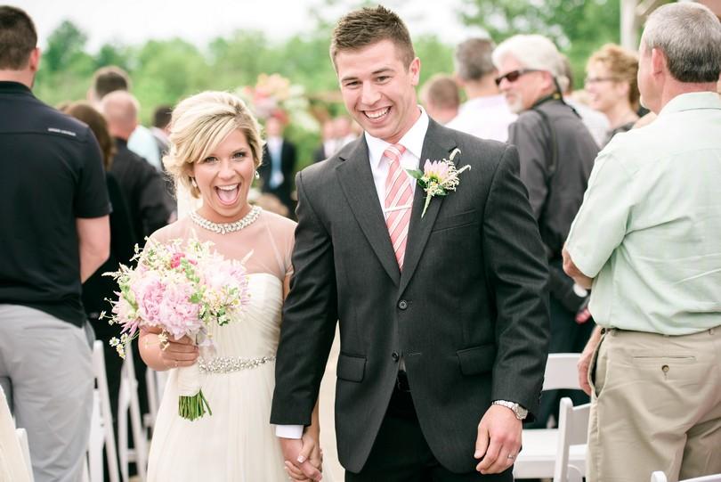 Wedding-Canterbury-Hill-Winery-Vineyard-Holts-Summit-Missouri-Lindsey-Pantaleo-Florissmo (30)