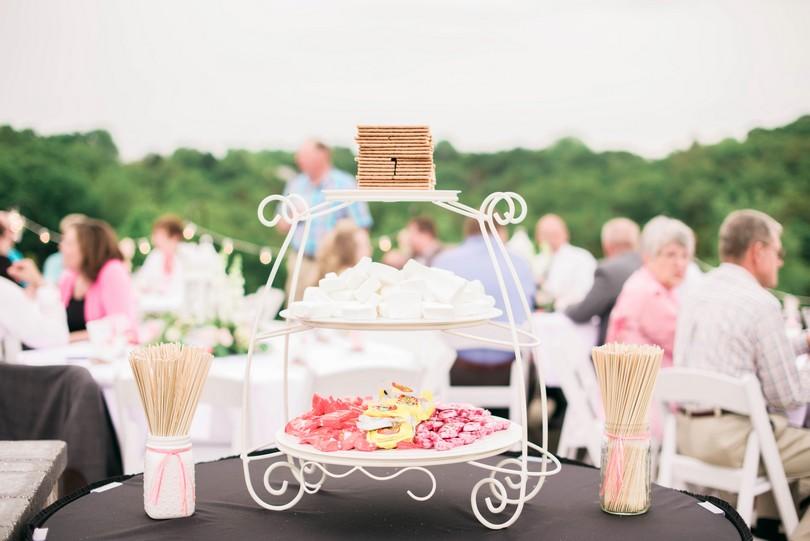 Wedding-Canterbury-Hill-Winery-Vineyard-Holts-Summit-Missouri-Lindsey-Pantaleo-Florissmo (34)