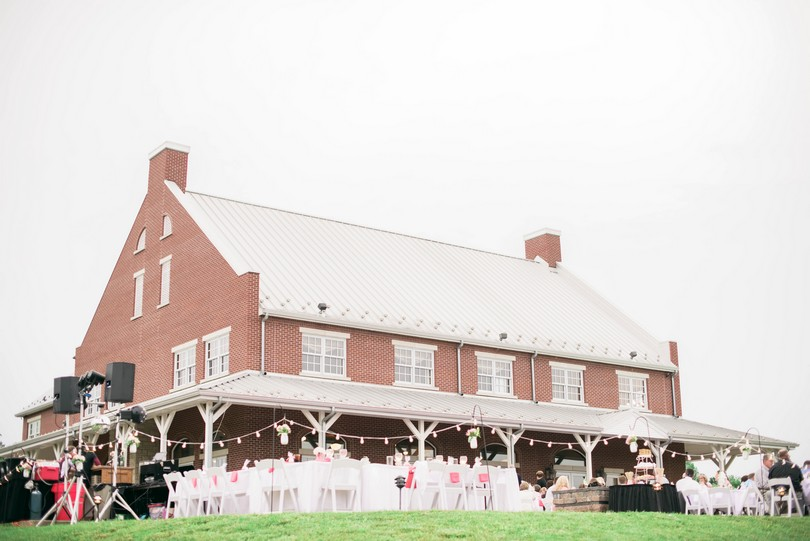 Wedding-Canterbury-Hill-Winery-Vineyard-Holts-Summit-Missouri-Lindsey-Pantaleo-Florissmo (35)