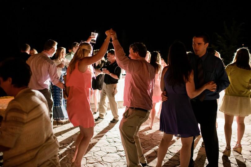 Wedding-Canterbury-Hill-Winery-Vineyard-Holts-Summit-Missouri-Lindsey-Pantaleo-Florissmo (46)