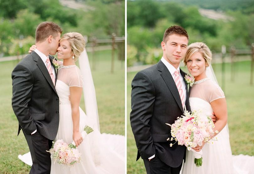 Wedding-Canterbury-Hill-Winery-Vineyard-Holts-Summit-Missouri-Lindsey-Pantaleo-Florissmo (8)
