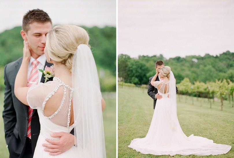 Wedding-Canterbury-Hill-Winery-Vineyard-Holts-Summit-Missouri-Lindsey-Pantaleo-Florissmo (9)