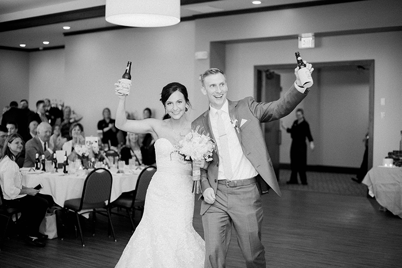 Wedding-Photography-Columbia-Missouri-Country-Club-of-Missouri-United-Methodist-Church-Lindsey-Pantaleo (41)