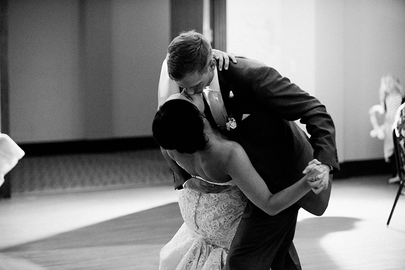 Wedding-Photography-Columbia-Missouri-Country-Club-of-Missouri-United-Methodist-Church-Lindsey-Pantaleo (42)