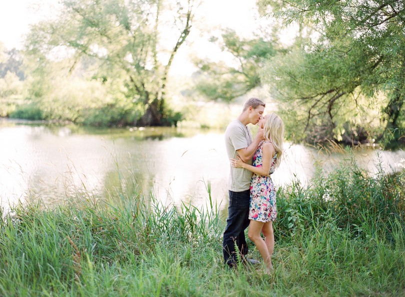 Lee-Summit-Kansas-City-Engagement-Photography-Lindsey-Pantaleo (5)