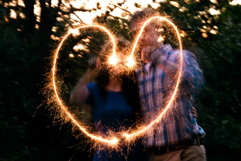 Engagment-Session-Jefferson-City-Missouri-Wedding-Photography-Binder-Lake-Lindsey-Pantaleo-Fireworks-Canoe (1)