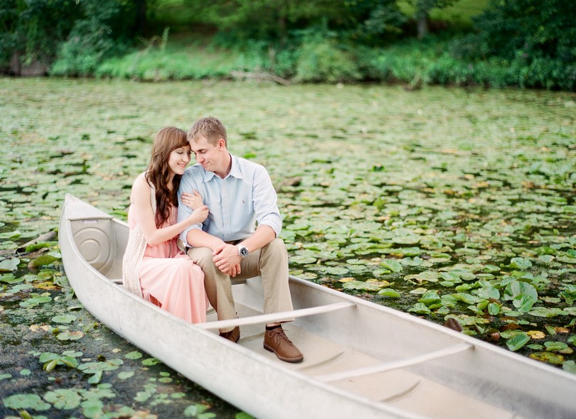 Engagment-Session-Jefferson-City-Missouri-Wedding-Photography-Binder-Lake-Lindsey-Pantaleo-Fireworks-Canoe (2)