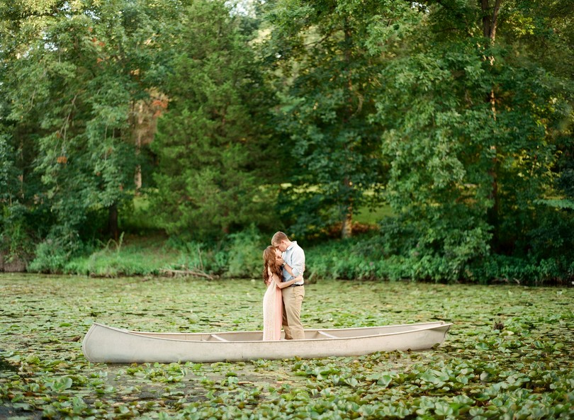 Engagment-Session-Jefferson-City-Missouri-Wedding-Photography-Binder-Lake-Lindsey-Pantaleo-Fireworks-Canoe (4)