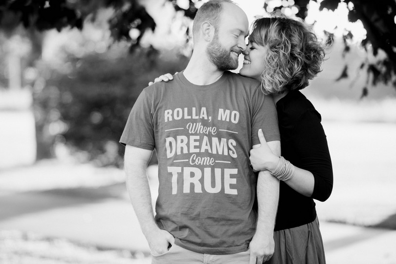 Rolla-Missouri-Engagement-Session-Lindsey-Pantaleo-Blossom-Basket-Jefferson-City (1)