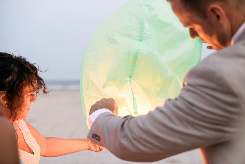 Holden-Beach-North-Carolina-Lindsey-Pantaleo-Wedding-Engagement-Beach (31)