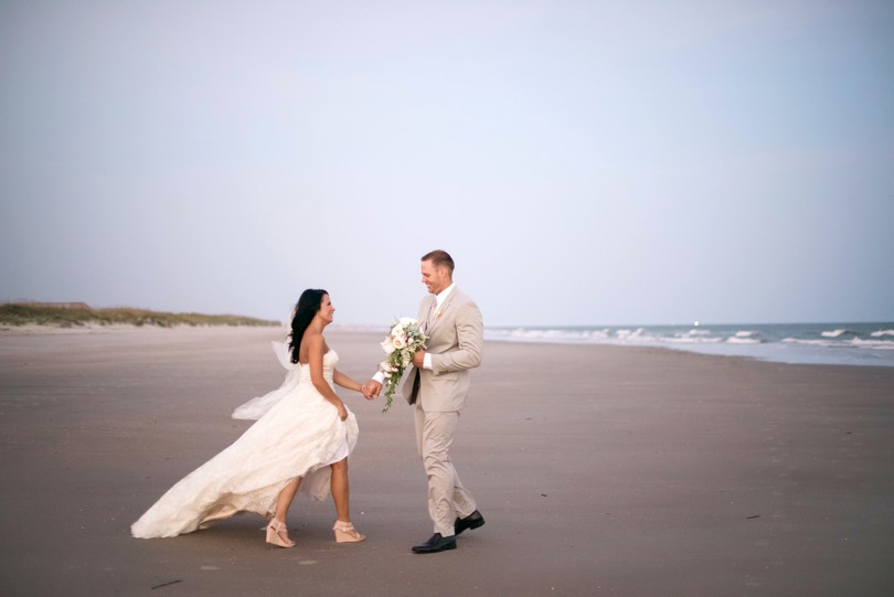 Holden-Beach-North-Carolina-Lindsey-Pantaleo-Wedding-Engagement-Beach (33)