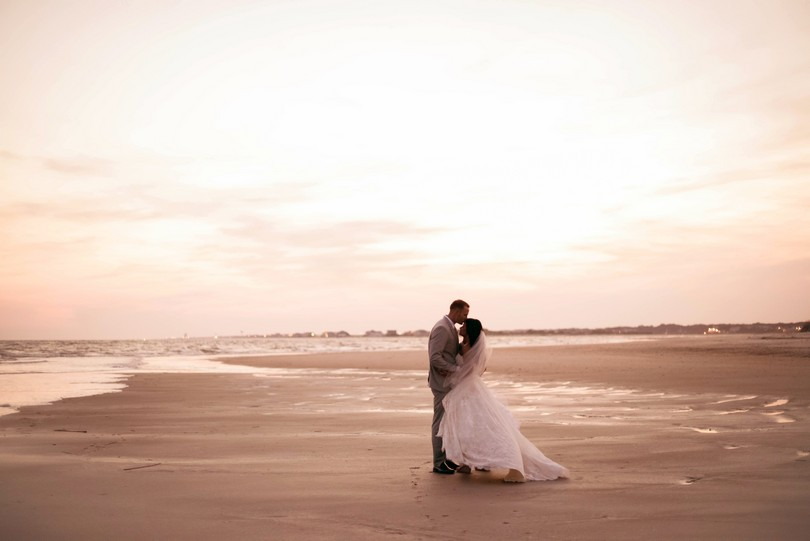 Holden-Beach-North-Carolina-Lindsey-Pantaleo-Wedding-Engagement-Beach (36)