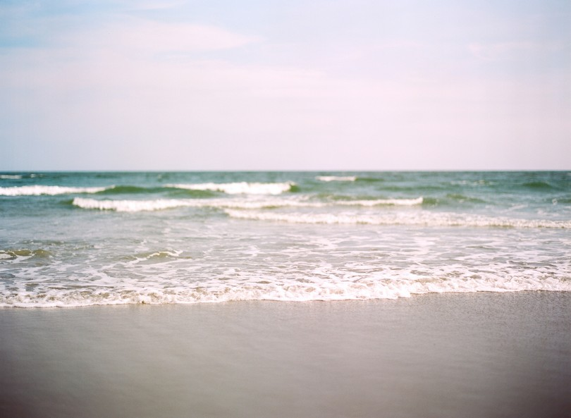 Holden-Beach-North-Carolina-Lindsey-Pantaleo-Wedding-Engagement-Beach (7)