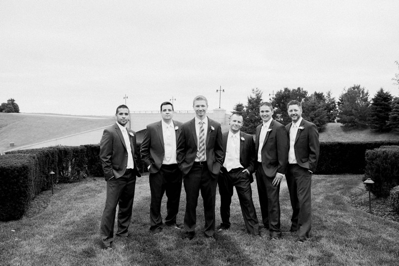 Wedding-Photography-Nebraska-Omaha-Lindsey-Pantaleo-Lake-Omaha (38)