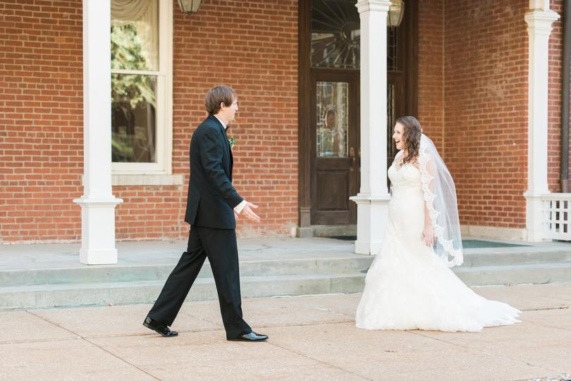 Lindsey-Pantaleo-Wedding-Photography-Stephens-College-Firestone-Baars-Chapel-Kimball-Ballroom-Columbia-Missouri (28)