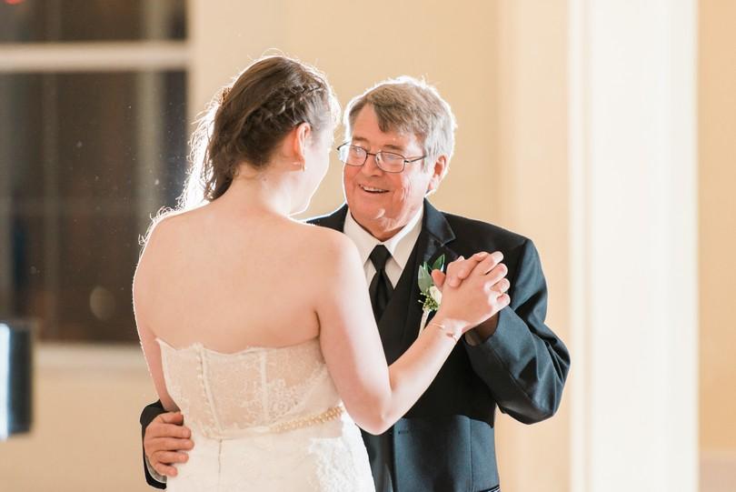 Lindsey-Pantaleo-Wedding-Photography-Stephens-College-Firestone-Baars-Chapel-Kimball-Ballroom-Columbia-Missouri (47)