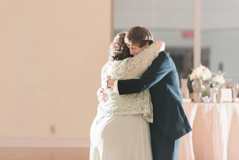 Lindsey-Pantaleo-Wedding-Photography-Stephens-College-Firestone-Baars-Chapel-Kimball-Ballroom-Columbia-Missouri (50)
