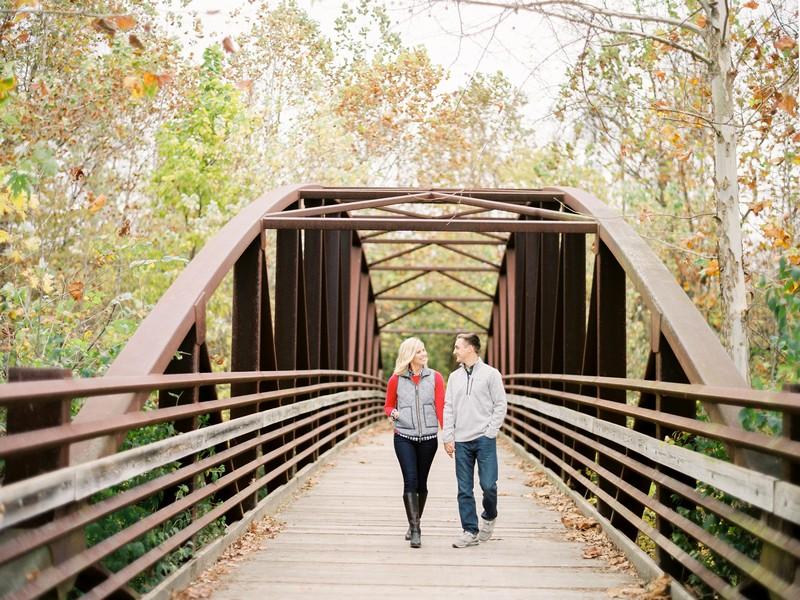 Engagement-Pictures-Columbia-Missouri-Capen-Park-Lindsey-Pantaleo (11)