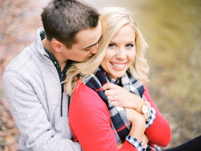 Engagement-Pictures-Columbia-Missouri-Capen-Park-Lindsey-Pantaleo (6)