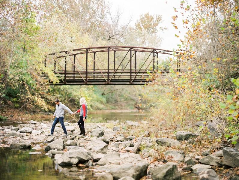 Engagement-Pictures-Columbia-Missouri-Capen-Park-Lindsey-Pantaleo (9)