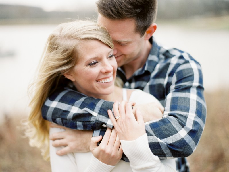 Engagement-Pictures-Fulton-Missouri-Vineyard-Lindsey-Pantaleo (8)