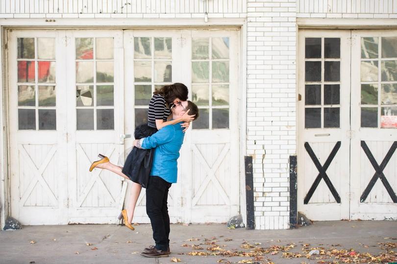 Jefferson-City-Missouri-Engagement-Session-Fall-Puppy-Love (18)