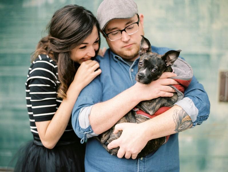 Jefferson-City-Missouri-Engagement-Session-Fall-Puppy-Love (6)