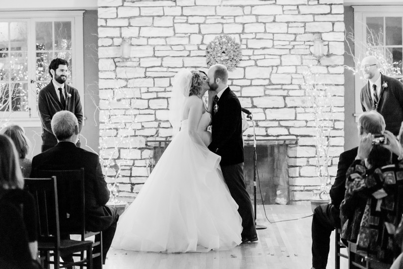 Wildwood-Springs-Lodge-Steeville-Missouri-Wedding-Photography-Lindsey-Pantaleo (69)