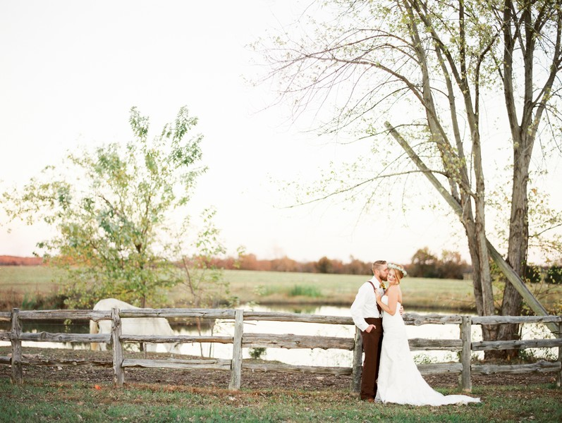 White-Mule-Winery-City-Magazine-Jefferson-City-Missouri-Ana-Maries-Bridal-Busch-Florist (16)
