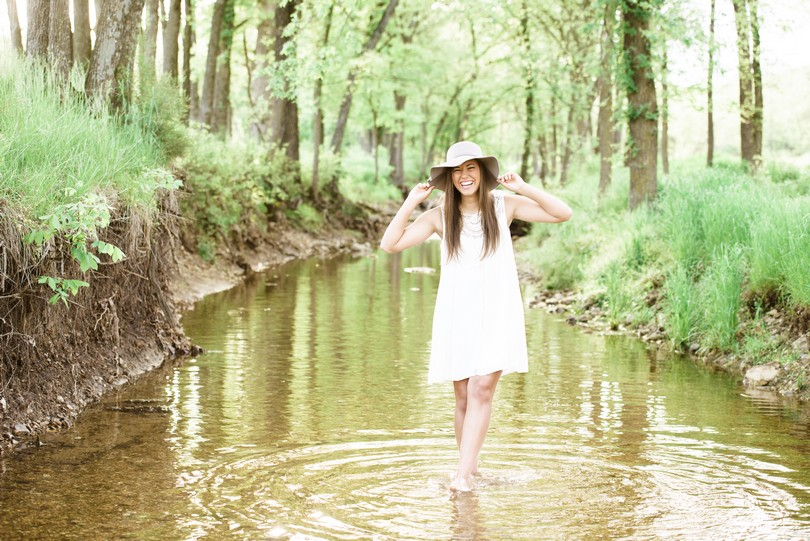 Jefferson-City-Columbia-Missouri-Senior-Photography-Lindsey-Pantaleo-Kempkers-Back-40 (18)