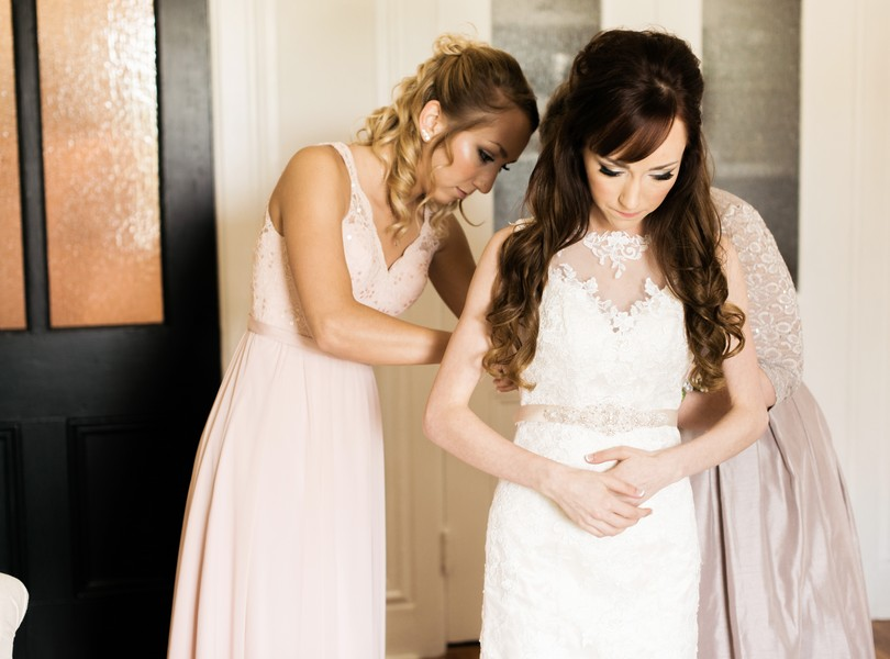 Jefferson-City-Missouri-Wedding-Photography-Lindsey-Pantaleo-Millbottom-Capitol-City-Christian-Church-Morgan-Devin-Kempker (21)