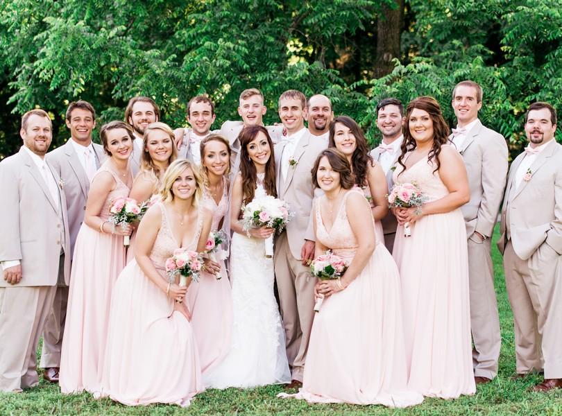 Jefferson-City-Missouri-Wedding-Photography-Lindsey-Pantaleo-Millbottom-Capitol-City-Christian-Church-Morgan-Devin-Kempker (31)