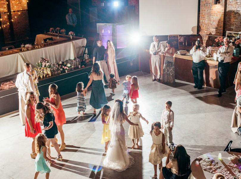 Jefferson-City-Missouri-Wedding-Photography-Lindsey-Pantaleo-Millbottom-Capitol-City-Christian-Church-Morgan-Devin-Kempker (44)