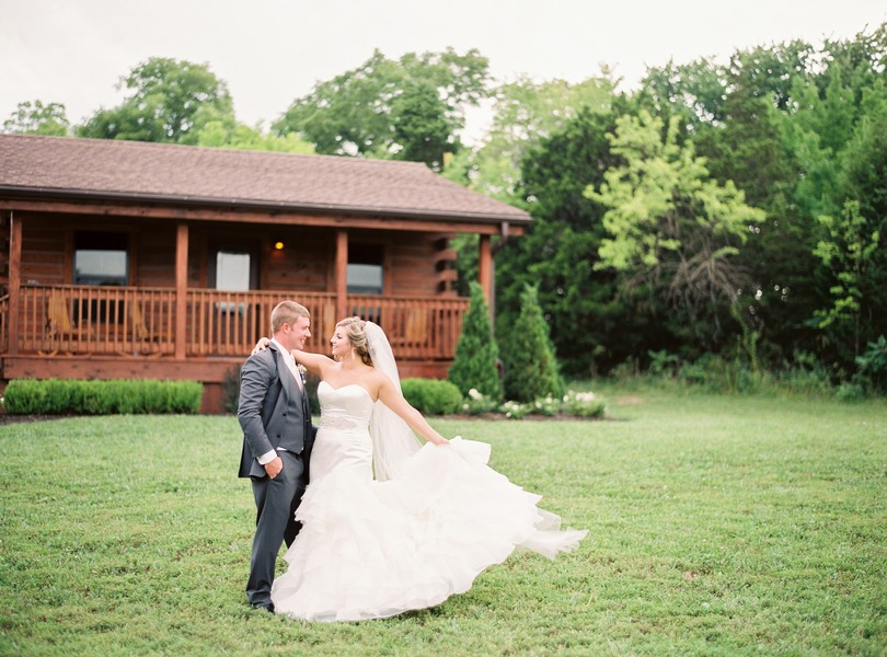 Lindsey-Pantaleo-Wedding-Buffalo-Lodge-Kingsville-Missouri- (2)